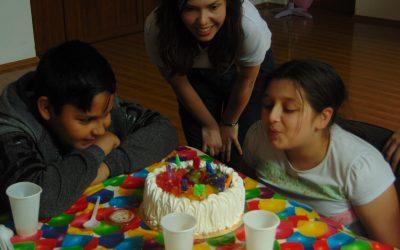 Donează-ți Ziua de Naștere și Fă un Copil Fericit!